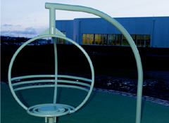 ARTOTEC Fauteuil rotatif ZICKI à la piscine municipale de Hyllie à Malmö (Ville de Malmö, Suède)